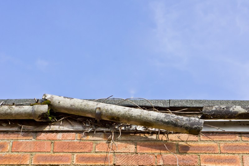 gutter broken and damage