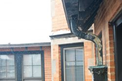 Finlock Guttering With Downspout